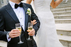 婚礼祝酒词开场白简短敬酒