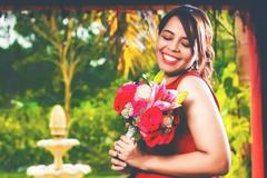 抢到捧花祝福语幽默的 抢到新娘捧花温馨感人祝词