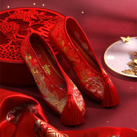 中国风 复古中式圆头流苏绣花鞋平底秀禾婚鞋