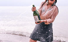 起泡酒怎么开  起泡酒需要醒酒吗