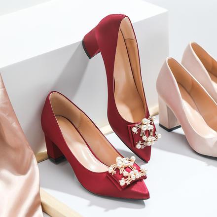 珍珠方扣粗跟緞面舒適新娘婚鞋
