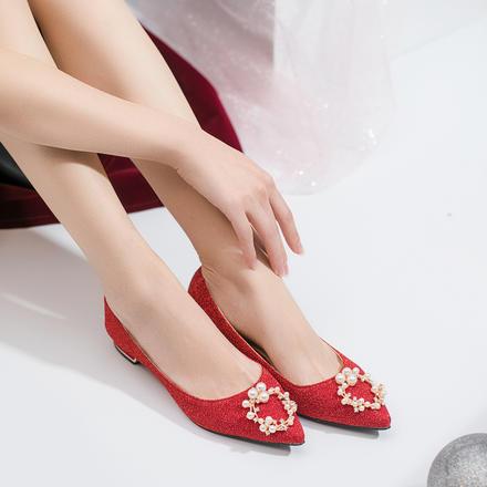超软珍珠方扣闪光面红色礼服低跟2cm婚鞋孕妇可穿