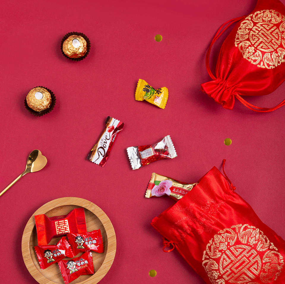 锦缎绸缎喜糖袋含糖