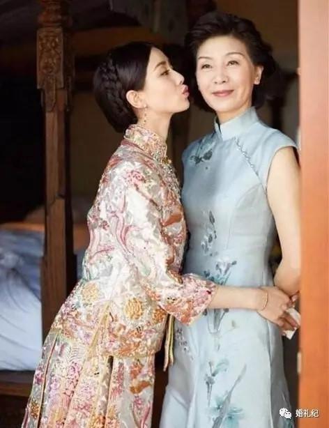 刘诗诗妈妈旗袍