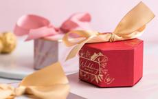 结婚喜糖盒里面放什么