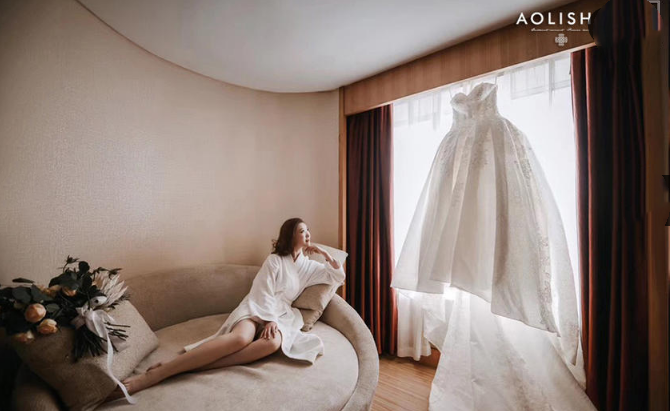 婚礼必拍——新娘主纱合照