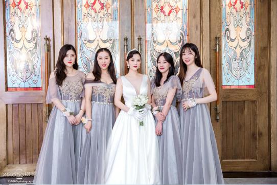婚礼必拍——新娘们合影