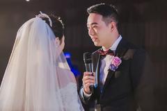 婚礼上新郎适合唱什么歌