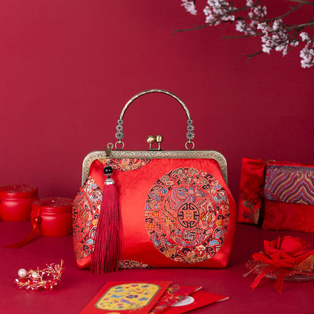 中国风刺绣复古小方包