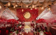 普通真实婚礼现场图片 没有几千万就不配拥有明星高配婚礼了吗?