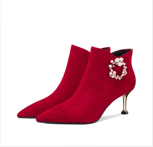 冬季红色婚鞋短靴