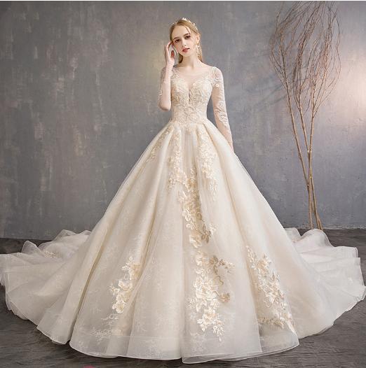 赫本风婚纱