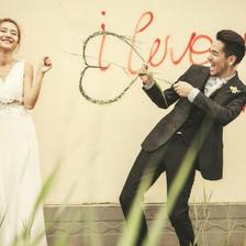 拍婚纱照的姿势与表情怎么做拍摄效果最好