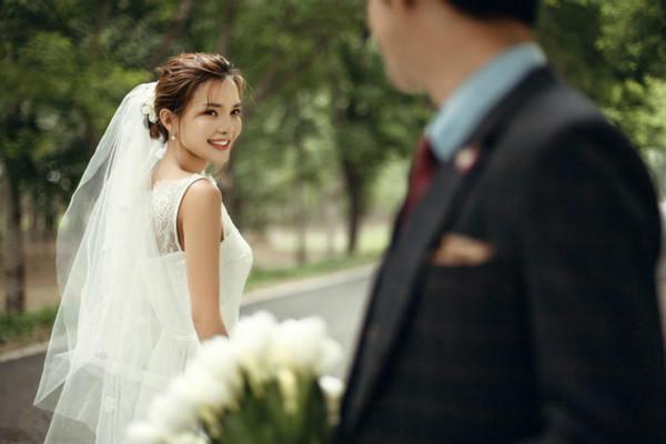 西安致青春婚纱摄影会馆