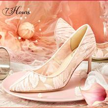 陈乔恩同款仙女风刺绣蕾丝性感新娘中跟婚鞋