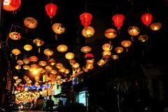 元宵节的传统习俗有哪些