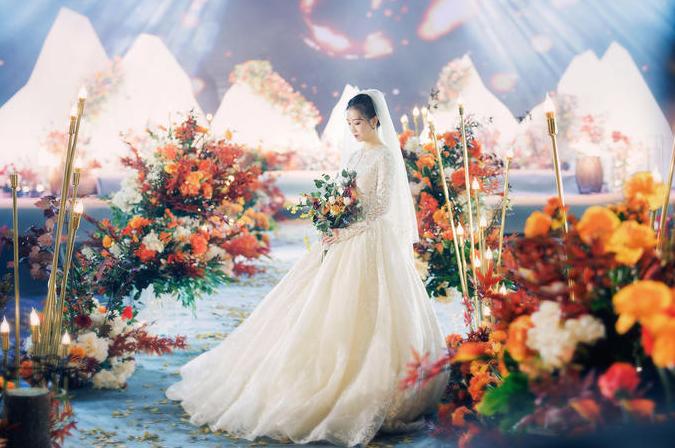 新娘在婚礼现场的照片