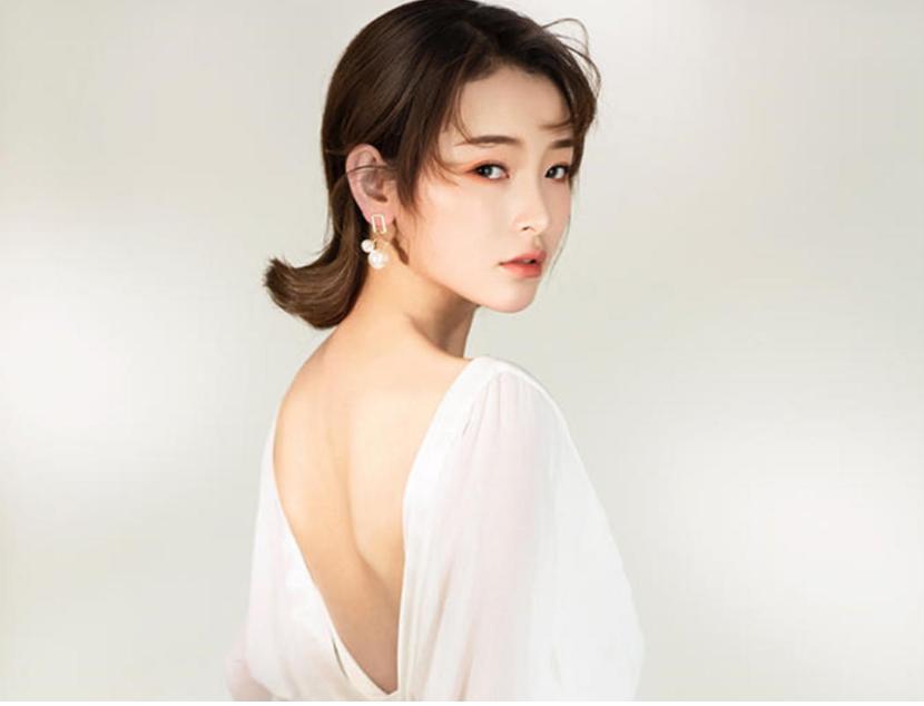 复古敬酒服新娘发型7