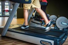 在跑步机上快走能减肥吗