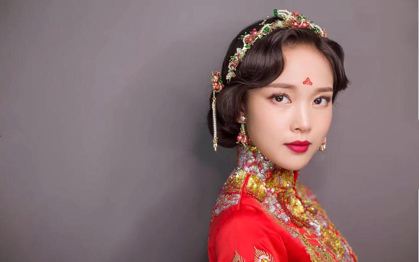 中式礼服新娘发型