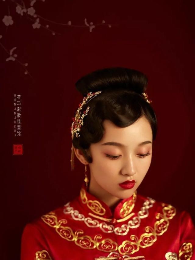 中式礼服搭配新娘发型