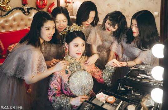 新娘化妆师怎么找