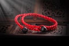 本命年红绳能自己买吗 本命年戴红绳有什么说法