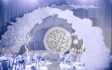 婚礼场地布置多少钱 2020婚礼现场布置价格