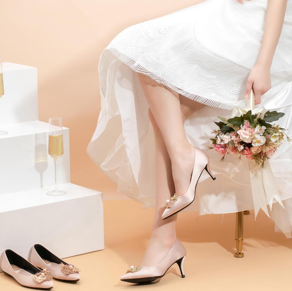 多种跟高可选 龙凤水钻扣香槟缎面婚鞋