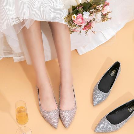 2色可选 舒适百搭亮片平底婚鞋孕妇可穿