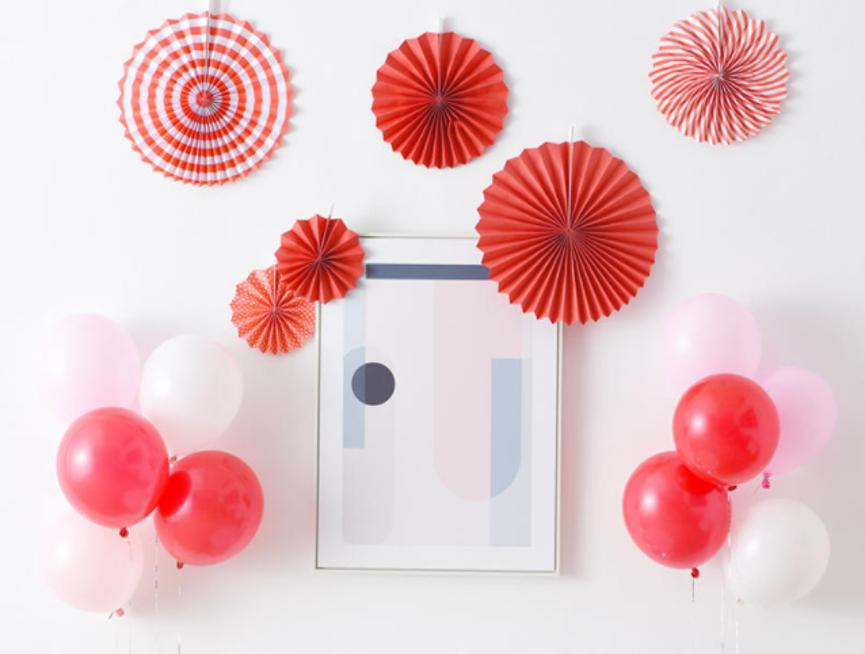中式婚房气球布置