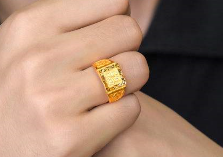 金戒指带左手还是右手