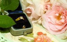 求婚戒指和结婚戒指是同一个吗