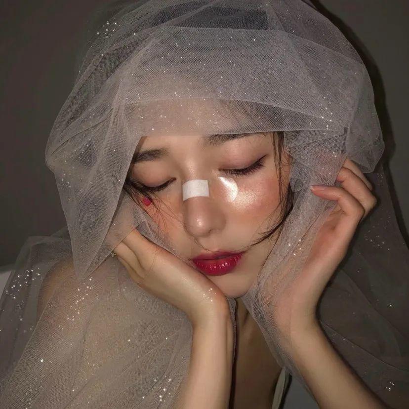 女孩梦幻婚纱头像