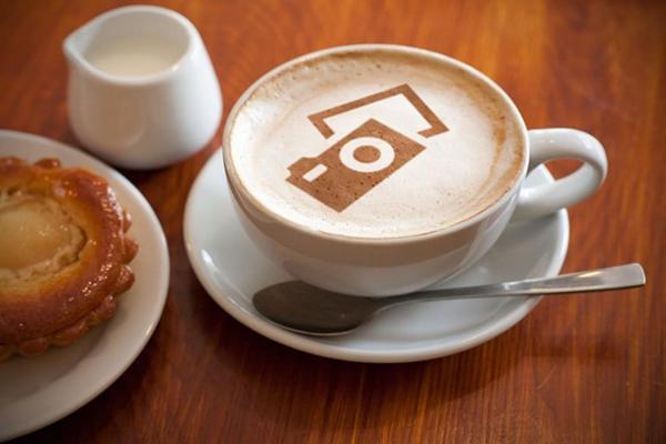 早餐咖啡和面包