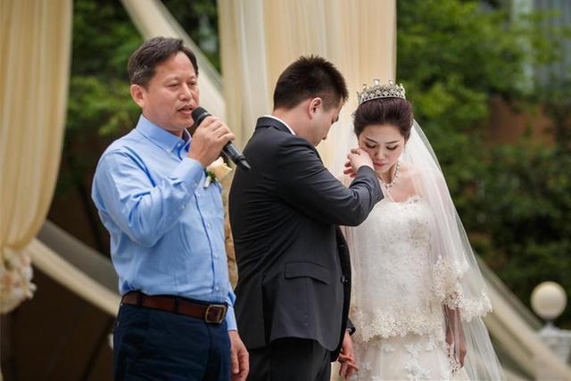 婚礼男方父亲精彩讲话
