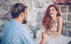 和女生聊天频率如何保持?