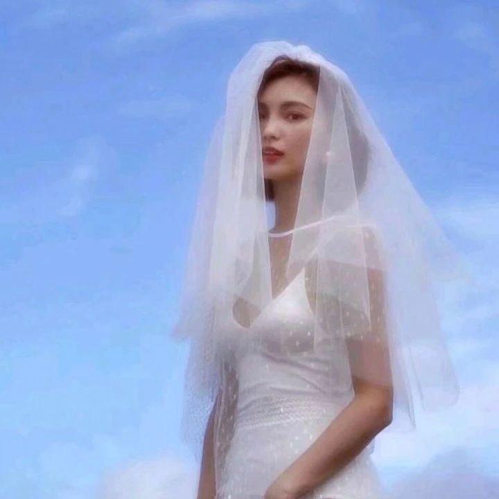 女生头像婚纱照唯美_婚纱照图片唯美