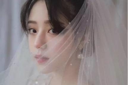 新娘穿婚紗的頭像 身披白紗歲月從此都溫柔