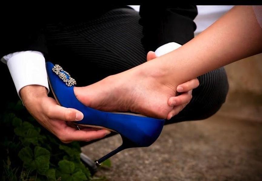 蓝色高跟鞋