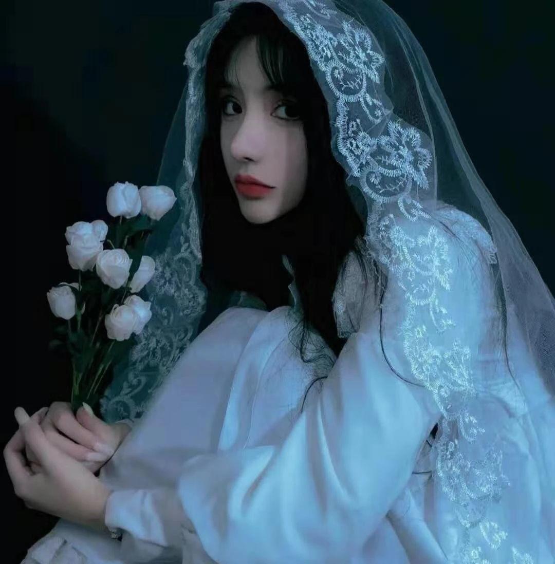 女生婚纱头像