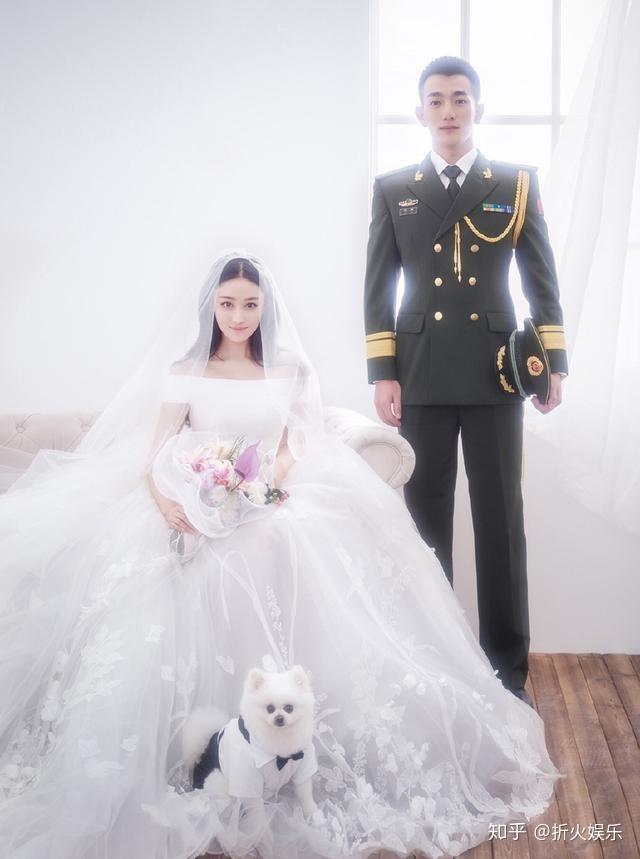 张馨予何捷婚纱照