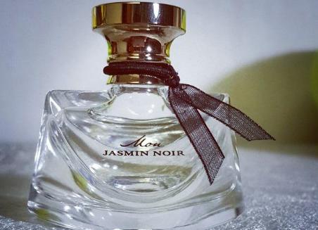 宝格丽香水真假细节对比