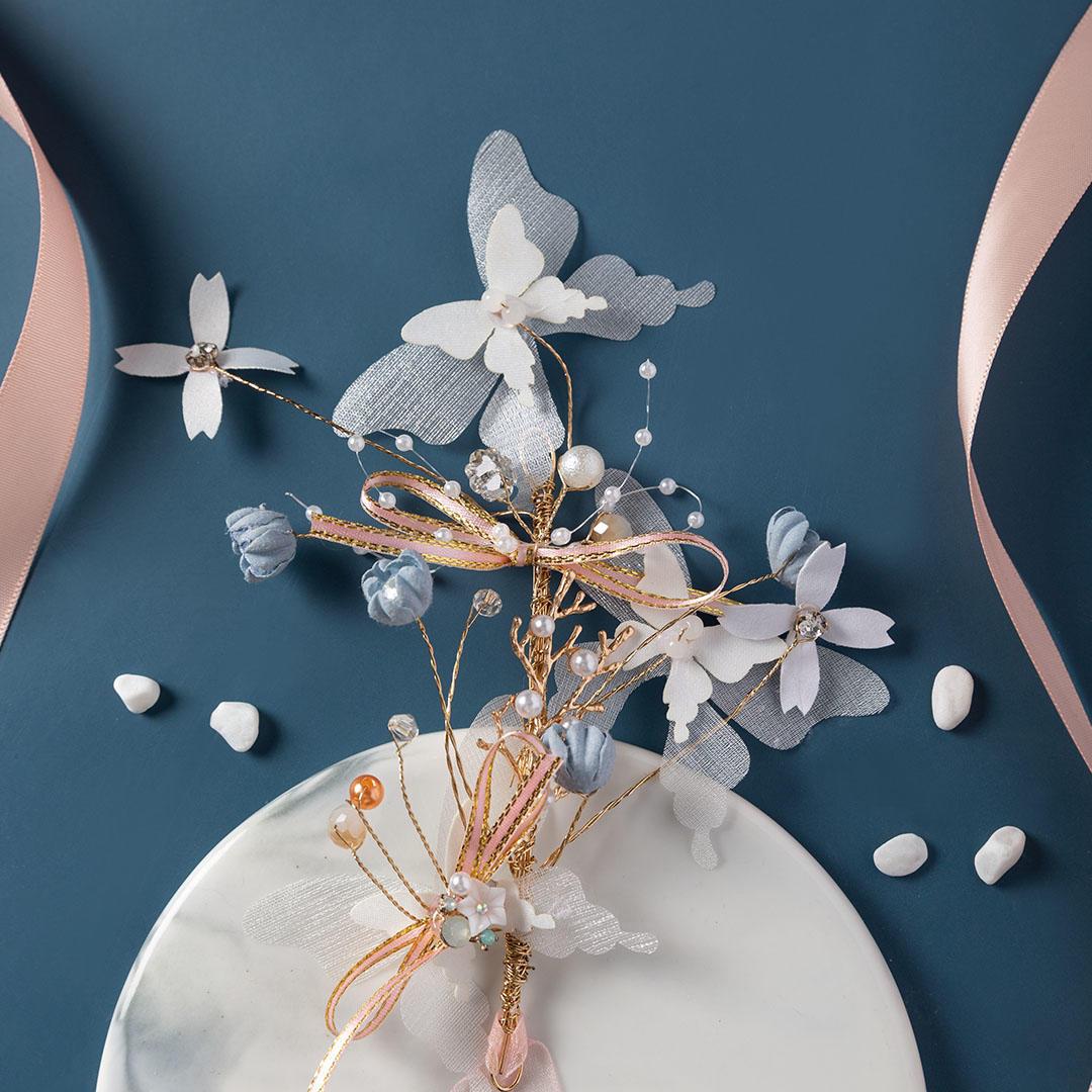 蝶与蓝风铃新娘结婚手腕花