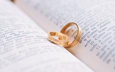 女士戒指的戴法和意义 女生戒指应该这么选才对!