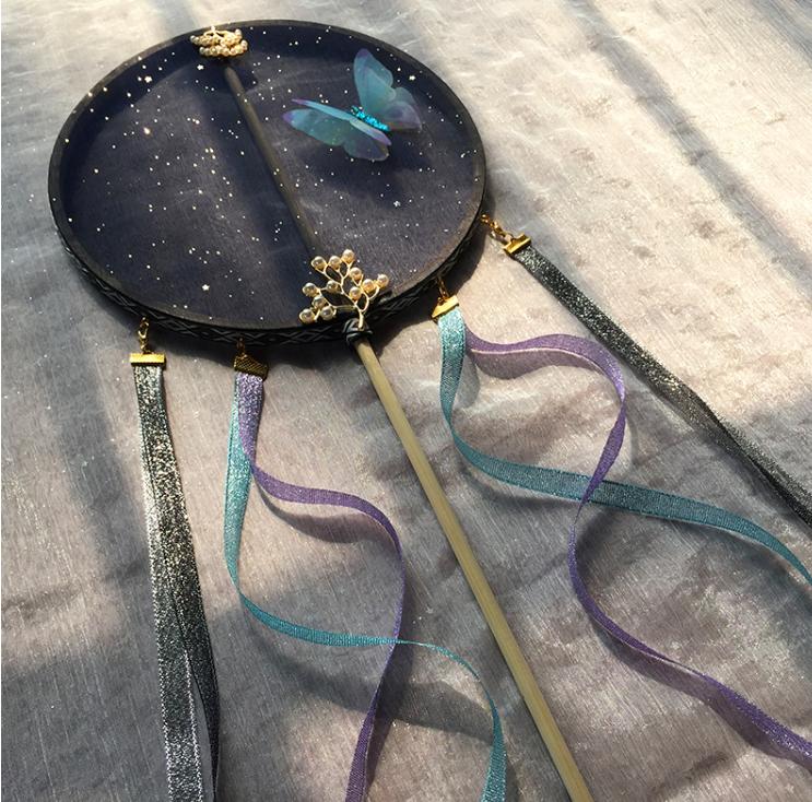 玄青蝴蝶团扇