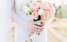 新娘手捧花寓意