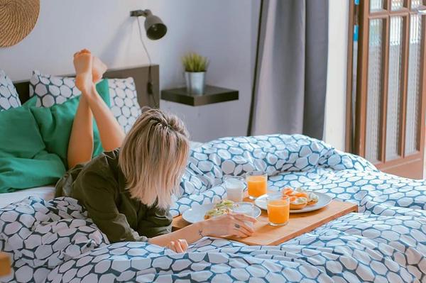起床吃早餐