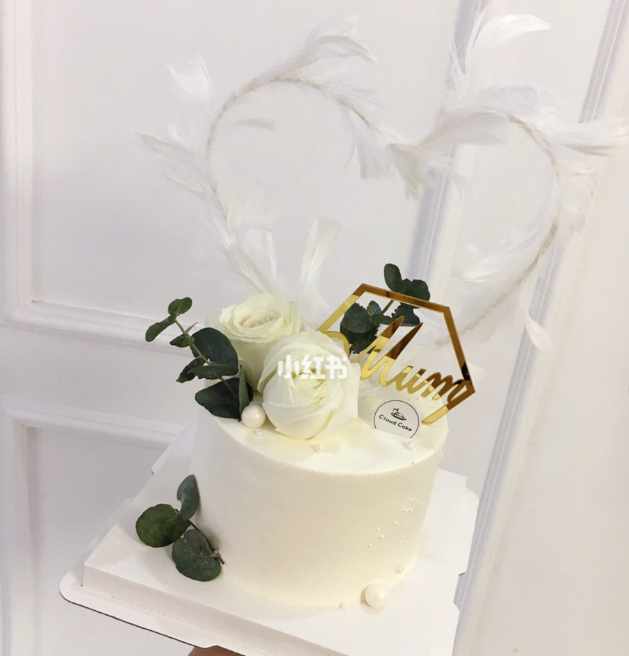 母亲节纯白鲜花蛋糕