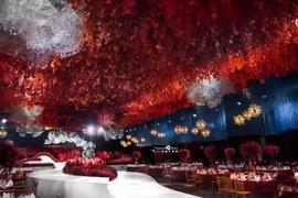 大剧院——红蓝云端